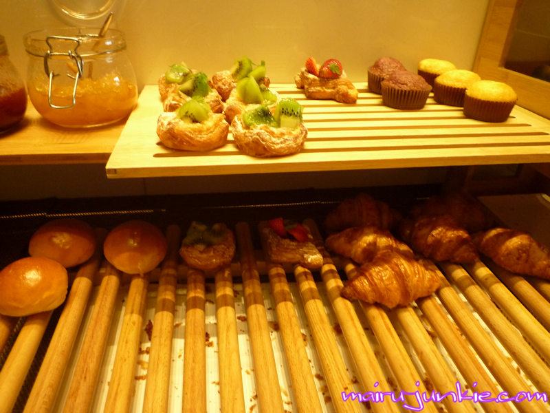 osaka_marriott_breads